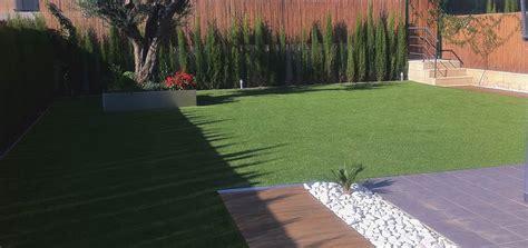erba finta per giardini erba sintetica la soluzione per il tuo giardino di casa