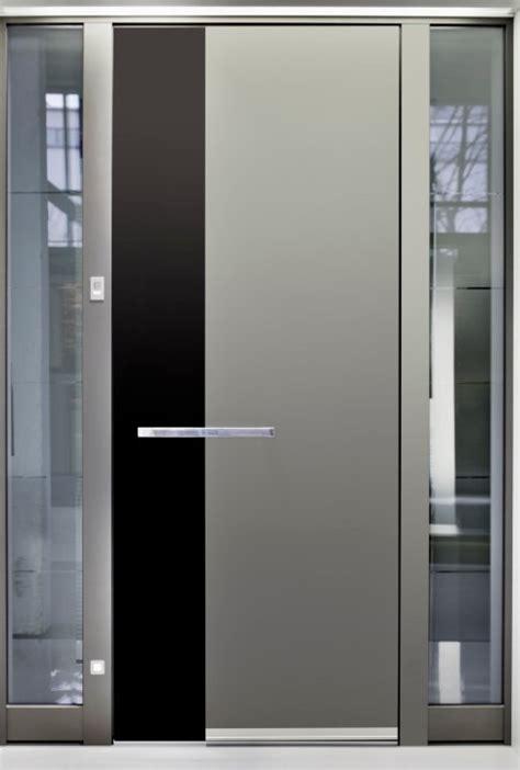 Daun Paya Black 1 usi de exterior 10 modele pentru casa ta tgg