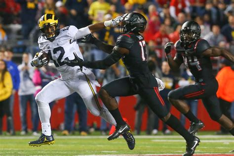 Chris Illinois Of Michigan Mba by Illinois Football Preview Of The Michigan Wolverines