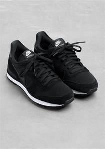 black nike shoes womens nike internationalist sneakers s minimalist