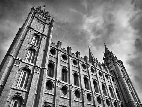 salt lake temple black and white