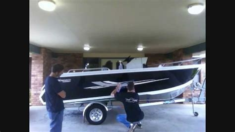 boat hull stickers boat graphics decal sticker application by reel signs