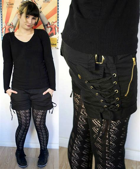 patterned tights lookbook mrs llama c a black pullover new yorker black shorts