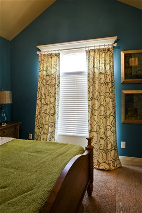 hanging curtains on windows with molding 78 images about hanging curtains on pinterest hanging