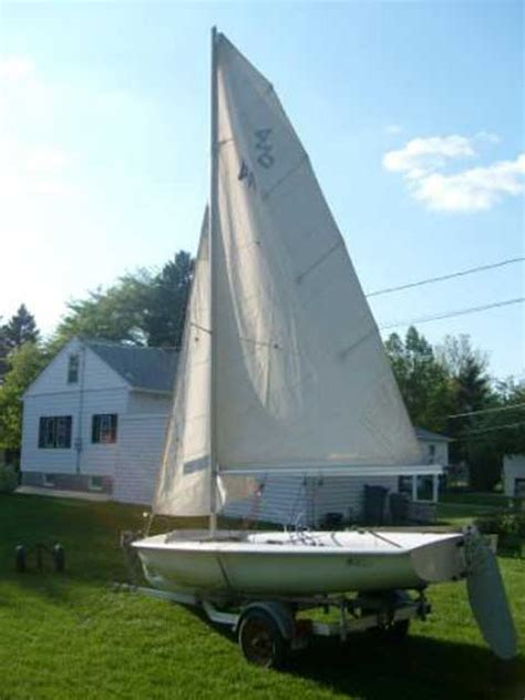 boat rental moorhead mn johnson club 420 14 ft moorhead minnesota sailboat