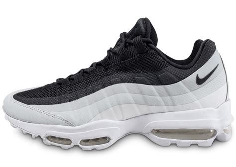 nike air max 95 essential et blanche chaussures homme chausport
