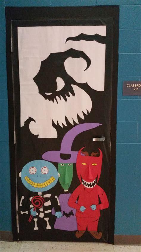 Nightmare Before Door Decorations by Best 25 Door Decorations Ideas On Door Front Door