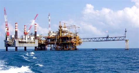 kimintekhijau hasil pengilangan minyak bumi
