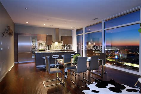 Weekly Room Rentals Nyc by Apartment New York Ian Schrager Building Bond