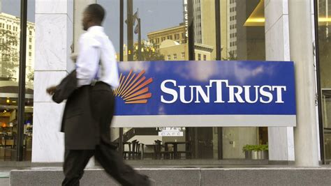 suntrust bank commercial suntrust expands commercial banking footprint in cleveland