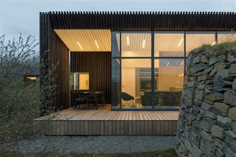 House Entry Designs these sleek and modern vacation cottages in south iceland