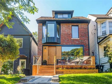 $1.8 million for a modern Beaches home with balconies galore
