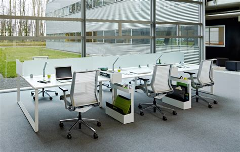 bench workstations frameone loop individual desks from steelcase architonic