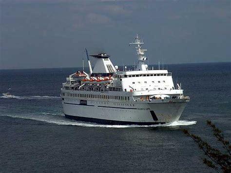 ferry naples to capri visitsitaly tours of italy an excursion to the isle of