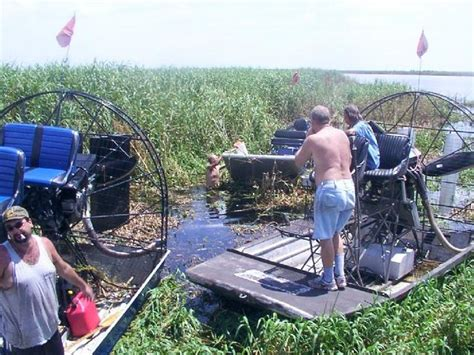 airboat crash need airboat crash or accident pictures southern airboat