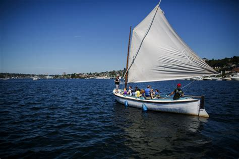 center for wooden boats volunteer the week ahead lake union wooden boat festival gregg