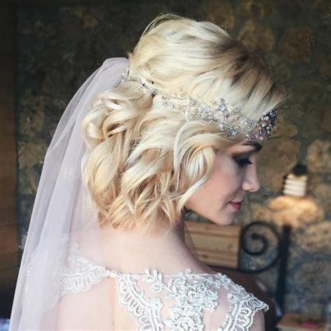 bob hairstyles with veil 40 best short wedding hairstyles that make you say wow