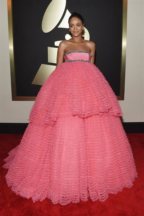 grammys 2015 grammy awards red carpet fashion and pictures all the celebrity looks from the 2015 grammys red carpet