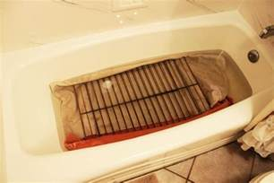 Oven Cleaner On Bathtub by Cleaning Oven Racks Make Your Oven Food Safe Again