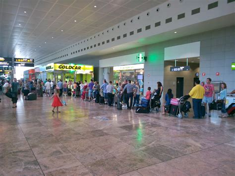 tipoa goldcar alicante airport queues