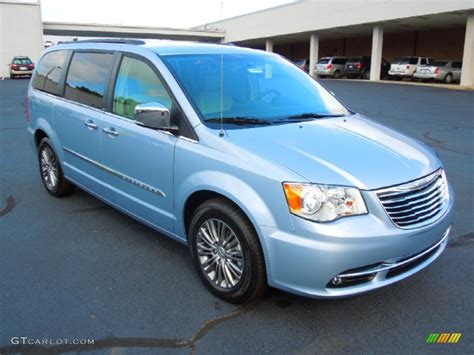 2013 chrysler town and country 2013 chrysler town and country blue 200 interior and