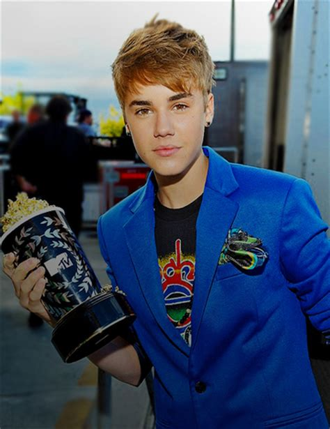 whats justin biebers favorite color what is justin biebers favorite color justin bieber