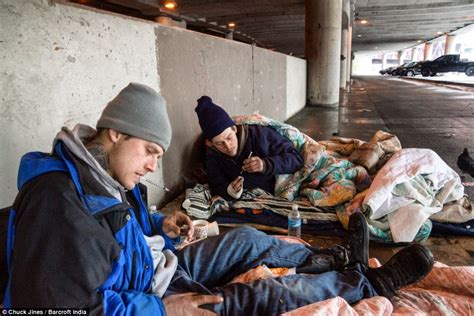 Opiate Detox Chicago by Chicago S Heroin Epidemic Laid Bare Photographer Spends A