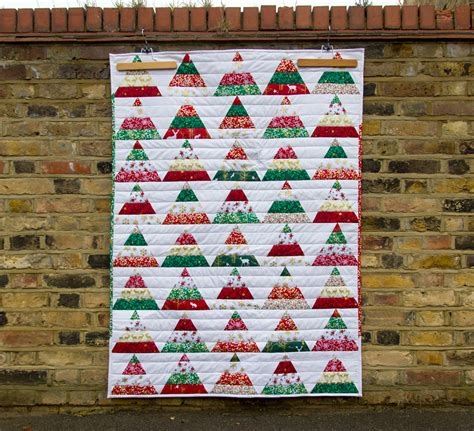tutorial caroline s christmas tree quilt the village