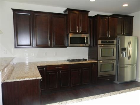 java kitchen cabinets ballentine gourmet kitchen timberlake scottsdale cherry