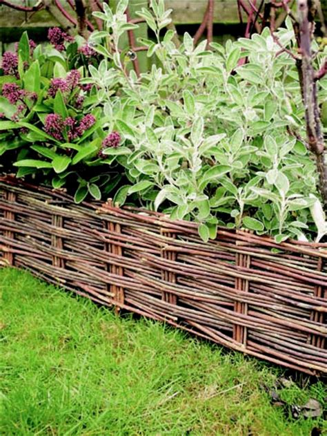 Rasenkante Aus Metall 222 by Willow Woven Hurdle Edging H20cm X L1 2m Pack Of 2 163 11 99