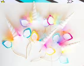 unicorn decorations best 25 rainbow unicorn ideas on