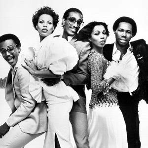 rock the boat hues corporation free mp3 download kc and the sunshine band boogie shoes listen watch