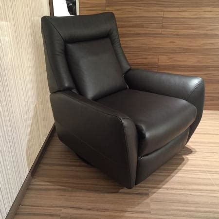 natuzzi dallas white italian leather recliner natuzzi editions reclining feature chair italian leather