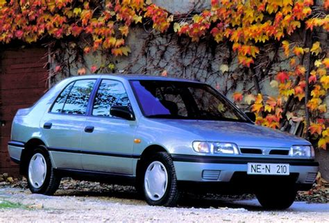 file 1992 nissan sunny l auto 12995480893 jpg wikimedia commons 1992 nissan sunny photos informations articles bestcarmag com