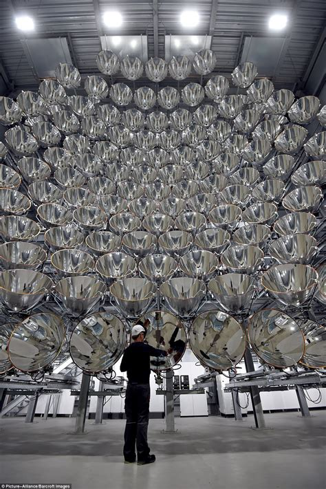 Scientists switch on 'artificial sun' in German lab Daily Mail Online