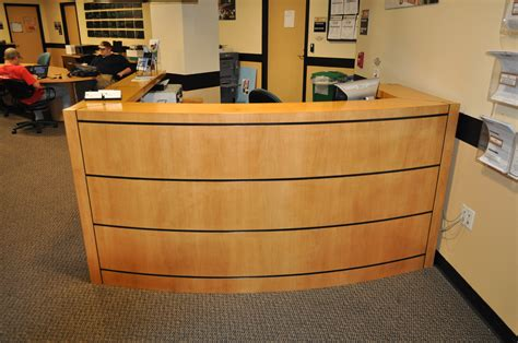 Easy Front Desk by Front Office Desk Fabulous In Small Office Desk Decoration