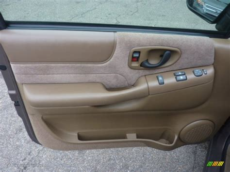 2000 Chevy Blazer Door Panel by 1999 Chevrolet Blazer Ls 4x4 Door Panel Photos Gtcarlot