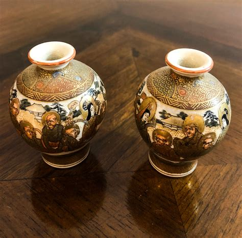 vasi satsuma coppia di vasi in porcellana satsuma giappone xix sec