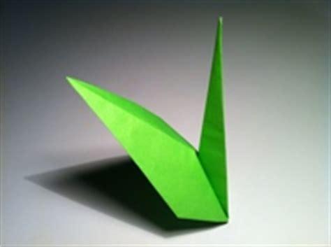 Origami Stem And Leaf - origami stem and diagram