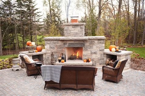 Outside Fireplace by Top 21 Designs For The Outdoor Fireplace Qnud