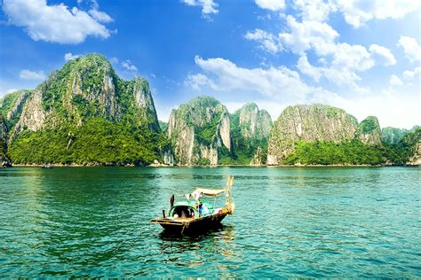 viet nam or vietnam 20 day vietnam and cambodia tour with halong bay and