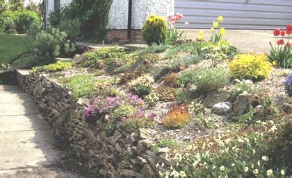 How To Build A Small Rock Garden How To Make A Small Rock Garden