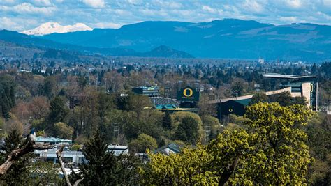 Where Do Mba Stuents Live In Eugene Oregon by Uo And Eugene Photo Gallery Of Oregon School