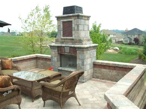 Unilock Fireplace klein s lawn landscaping hardscapes fireplaces