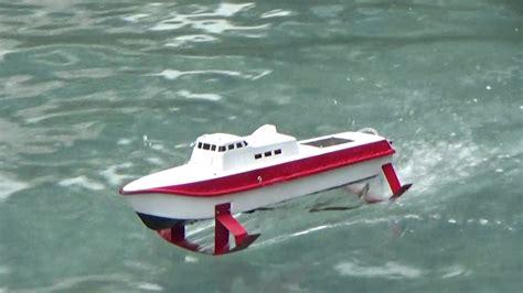 hydrofoil rc boat rc boat hydrofoil pt50 16 1 2017 youtube