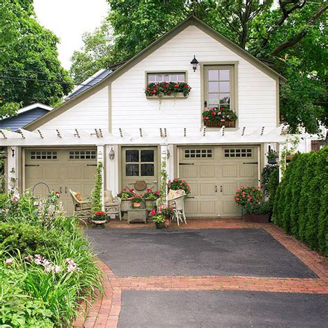 best 25 carriage house ideas on carriage