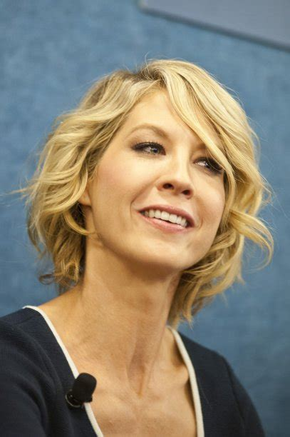 short layers are from the devil jenna elfman long layers short cut this is probably what