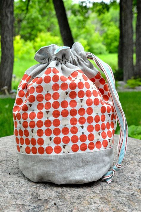 drawstring bag knitting pattern 1000 ideas about drawstring bag pattern on