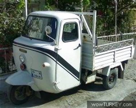 tekerlekli motor hani boeyle arkasi araba kasasina
