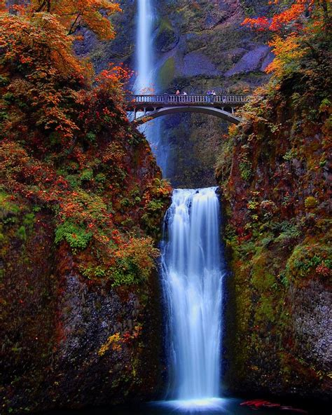 columbia river waterfalls near portland multnomah falls special places to visit pinterest